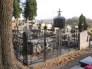 Grab Antoni Piotrowicz auf dem katholischen Friedhof in Chełmno