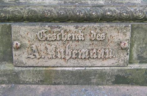 Stele in der Neuen Promenade in Chełmno - Geschenk von A. Ruhemann