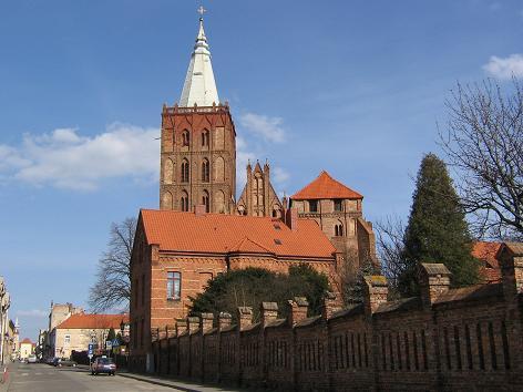 Marienkirche und Pfarramt in Chełmno