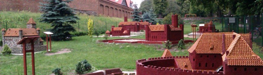 Burgmodelle in Chełmno - Sammlung an der Stadtmauer